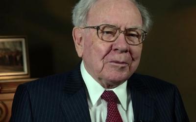 Market Round Up: Buffett. Backs. Banks.👊Natural Gas, Unnatural Growth🌱